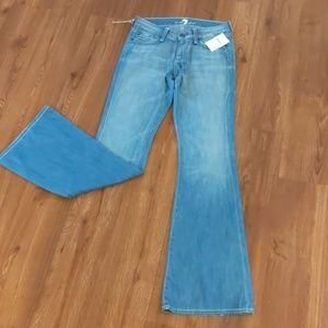 Brand new 7 for all mankind Jean flare